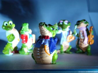 Crocodiles from Kinder Surprise by rokicza