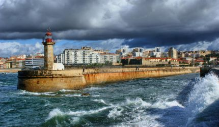 Felgueiras lighthouse... by vmribeiro