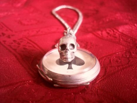 Pocket Watch skull pendant by Lord-Vincent