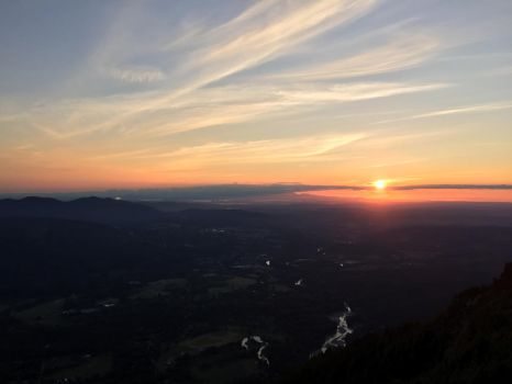 Sunset from Mt. Si - Washington by dynamiK-farr