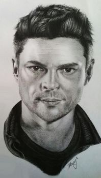 Karl Urban by MidnightRoseGarden
