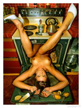 Oven girl by clubkong