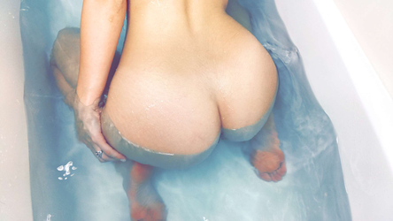 nude ass by Alexabusty