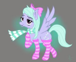 Flitter loves socks! by givemesomebrohoof