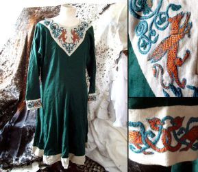 Lion and Griffins embroidery ~ Norman tunic by Tournevent