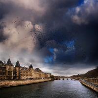 parisian skies by VaggelisFragiadakis