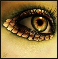 eye of a nymph, by iheartsomersby