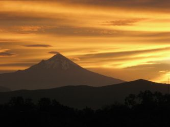Popocatepetl by Blackmattetoro