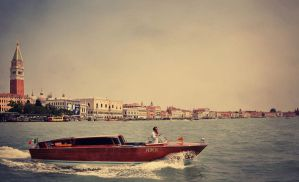 Taxi in Venice by ralucsernatoni
