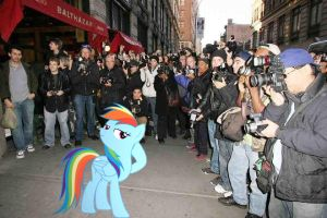 Rainbow Dash loves the attention. by HAchaosagent
