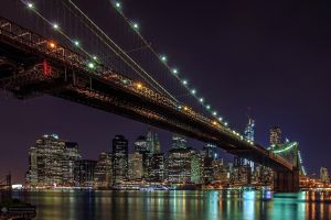 Brooklyn Bridge by Night by BrunoCHATARD