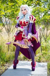 Heartseeker Ashe Cosplay - League of Legends by yayacosplay