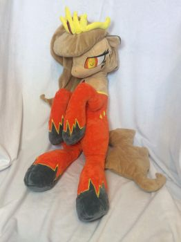 Queen Quake Plush by KLPlushies