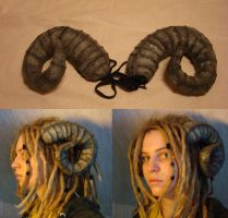 Faun horns by Ulltotten