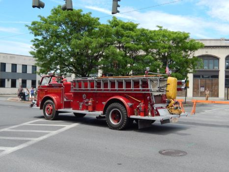 Kingston Fire Department ALF Engine 7 by Tracksidegorilla1
