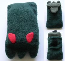 Cthulu phone cozy by restlesswillow