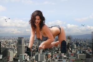 Giant Denise Milani  Attacks the city by bcgfdfshggd