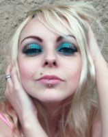 Pretty Girl And Makeup Eyes by cherrybomb-81