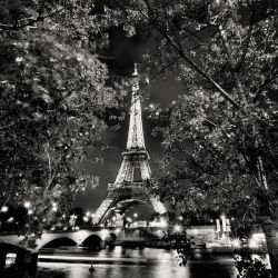 Paris Eiffel Tower In The Glow by xMEGALOPOLISx