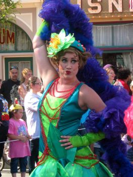 Soundsational Parade Flapper by lanie100