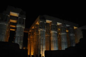 Temple of Luxor by AndySerrano