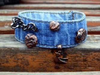 Giving second chance to your old jeans by cat-o-love
