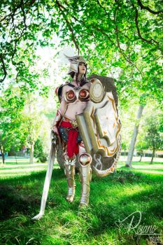 Stand and fight! - Valkyrie Leona by TineMarieRiis