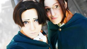 Levi and Hanji - Attack on Titan by denni-cosplay