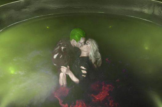 Harley Quinn and Joker - chemical bath by Anastasya01
