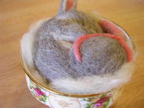 Needle felted mouse 3 by restlesswillow