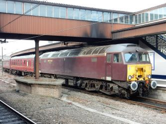 West Coast 57314's Charter Train at York by rlkitterman