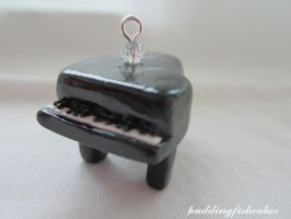 Piano Charm by puddingfishcakes