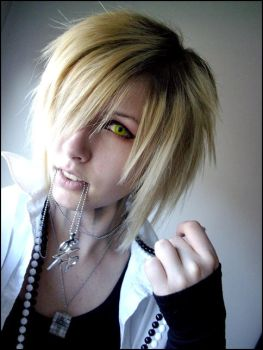 Visual Kei - Hair and make up2 by Fallen--Angel