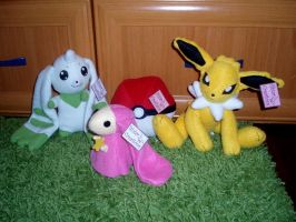 Handmade plushes by Ishtar-Creations