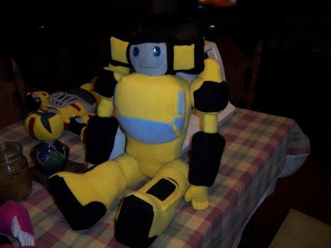 Sunstreaker Plush by Lylix