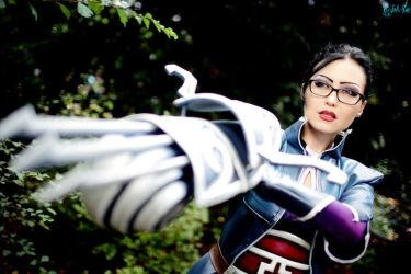 League of Legends - Vindicator Vayne by Minus10GradCelsius