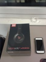 new ipod and new headphones by BrandyKoopa92