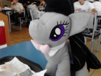 Octavia in a burger king by ShynieOshawott64
