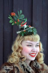 The Caterpillar in Autumn fascinator by liselotte-eriksson