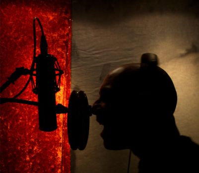 RED MIC by LELLO-diavoletto