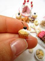 Miniature food 1/12 scale : detail cupcake Micol's by Valentina-PinkCute