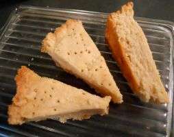 recipe: shortbread by starsinmyteacup