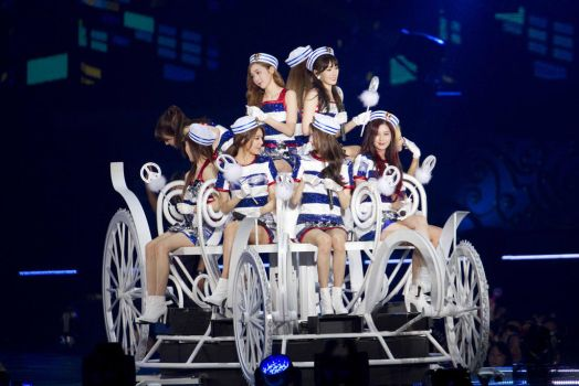 SNSD 3rd Japan Tour by iloveyou1989