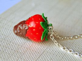 Chocolate Strawberry Necklace by Madizzo