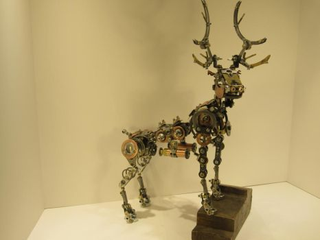 Mechanical Fully Articulated All Metal Deer by afewskroosloose