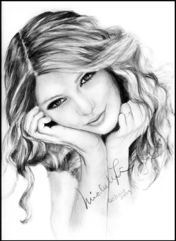Taylor Swift by aliasmichellen