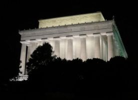 Things from DC: Lincoln Mem. by Destiny-Carter