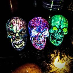 painted skulls by Verbal1nk