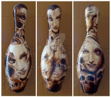 bowling pin by droopbomb