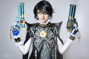 Bayonetta 2 cosplay by Nebulaluben